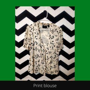 Leafy print 100% silk blouse